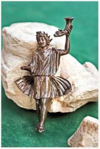 Lares figurine