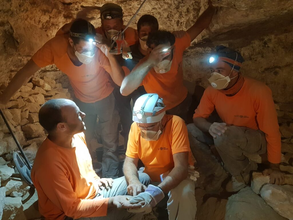 Israeli archaeologists discover the first fragment from the Book of the Twelve Minor Prophets Scroll, in a cave in the Judaean desert.